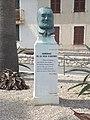 ANTIBES - Prom Am de Grasse - monument V Hugo.jpg