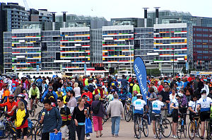 Around the Bay in a Day - Finish area of the 2006 event, at Melbourne Docklands.