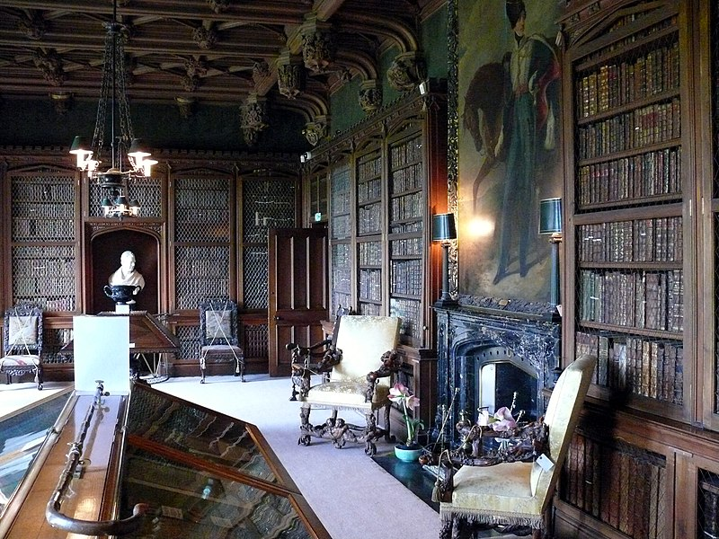 File:Abbotsford House Library.JPG