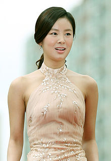 Actress Han Hye-rin arrives at the red carpet event of the Pifan in Bucheon on July 17, 2014.jpg