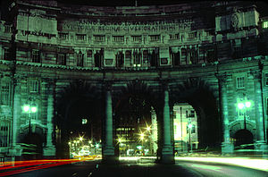 Admiralty Arch At Night.jpg