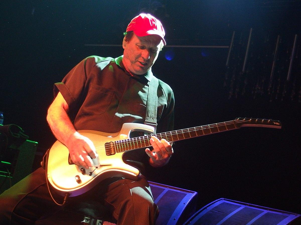 Adrian Belew - Wikipedia