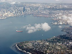 Aerial view of Elliot Bay, Seattle.jpg