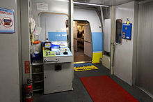 Aircraft Passenger Boarding Bridge 001.JPG