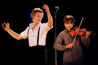 Alexander Rybak - Rybak and a dancer from Frikar, at a concert in Norway, September 2009