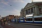 Amsterdam, různé tramvaje.jpg