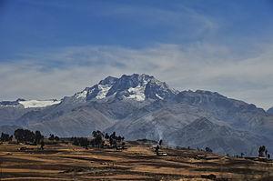 Chaquicocha (mountain) - Chicón (center) and Chaquicocha (on the right)