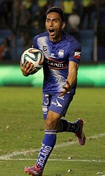 Angel Mena Emelec-Independiente (15838596506) (cropped).jpg