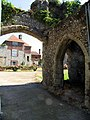 Archway to house, Charing, Kent - geograph.org.uk - 327671.jpg