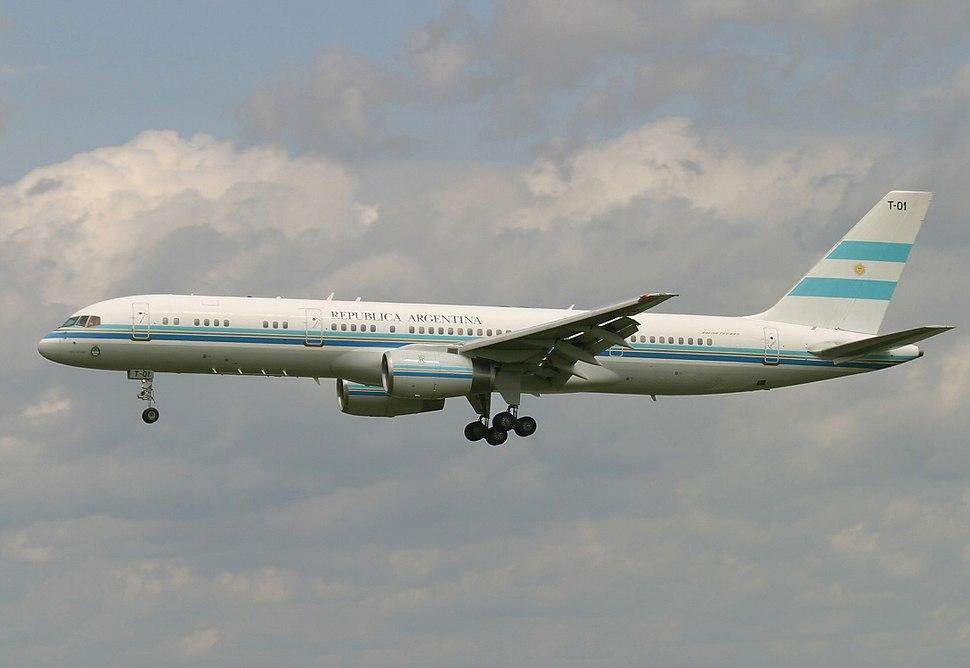 Argentina Boeing 757-200 Tango 01 Transporte Presidencial 1 Lebeda