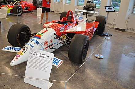 Arie Luyendyk's record-setting Ford Cosworth-powered IndyCar from 1996 ArieLuyendyk1996recordcar.jpg