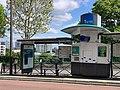 Arrêt Bus Victor Basch Avenue Versailles - Thiais (FR94) - 2021-06-06 - 3.jpg
