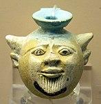 Aryballos a forma di testa di acheloo, da tomba di bambino a visicia T225(1), 550-525 ac. ca.JPG