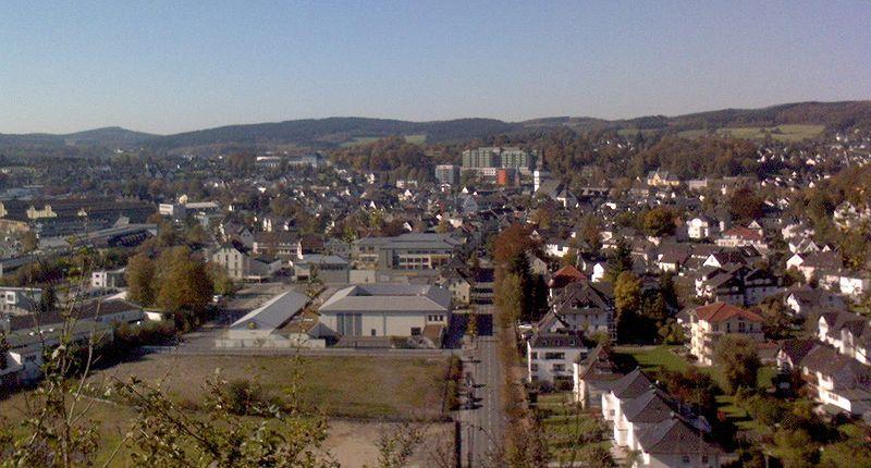 File:Attendorn, vom Dach der Atta-Höhle.jpg