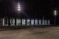Außenansicht bei Nacht während der Sommer-Reihe Durchblick mit Xenia Lesniewski.jpg