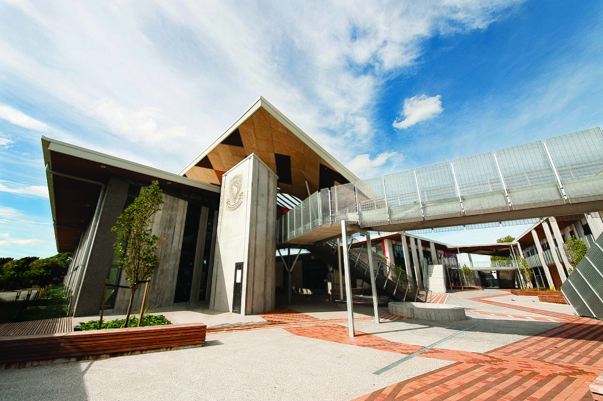 Awesome Avondale College Auckland Wikipedia Home Interior And Landscaping Eliaenasavecom