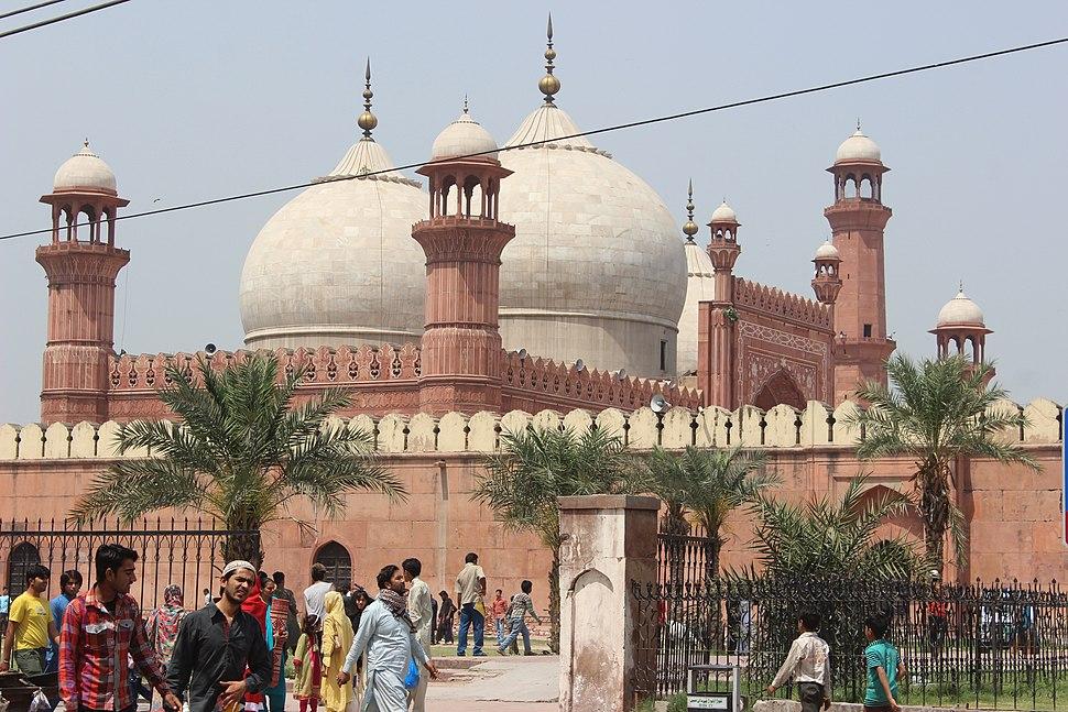 Baadshahi Mosque