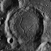 Balboa crater 4182 h2 4182 h3.jpg