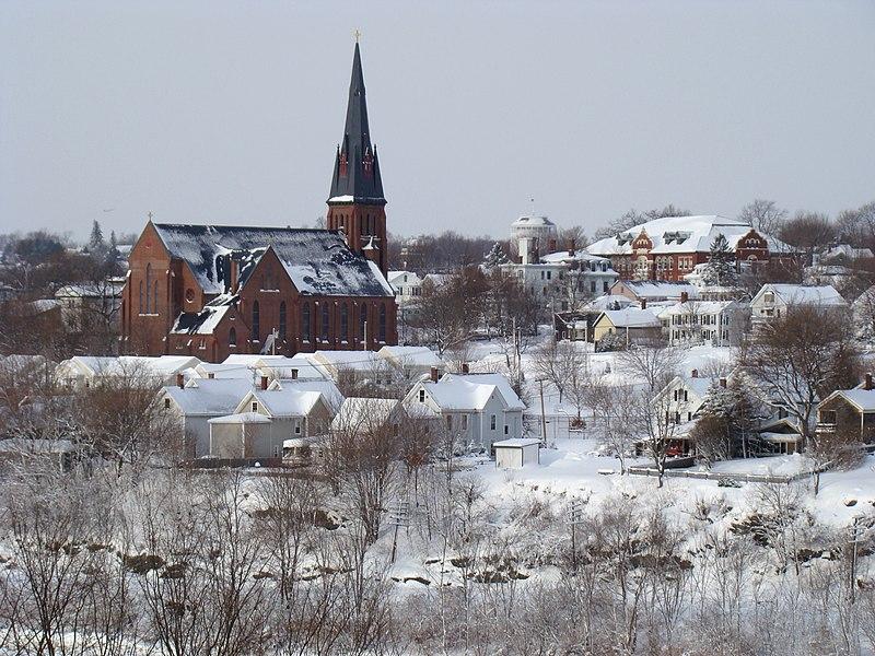 File:Bangor Maine.JPG