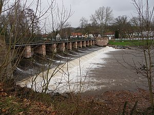 Canal de la Bruche - Image: Barrage sur la Bruche