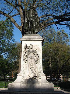 Commodore John Barry (Boyle) - Image: Barry statue