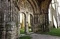 Basilique Saint-Mathurin - les ruines.jpg