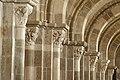 Basilique Sainte-Marie-Madeleine de Vézelay PM 46730.jpg