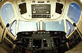 Beechcraft King Air 350. Cockpit (4104672117).jpg