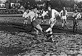 Beker Gooiland tegen Ajax 1-4, Piet Keizer (r) in duel, Bestanddeelnr 921-1096.jpg