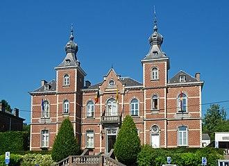 Ottignies-Louvain-la-Neuve - Image: Belgique Ottignies maison communale 01