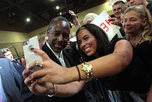 Carson Taking A Photo With Supporter At Rally In August 2015