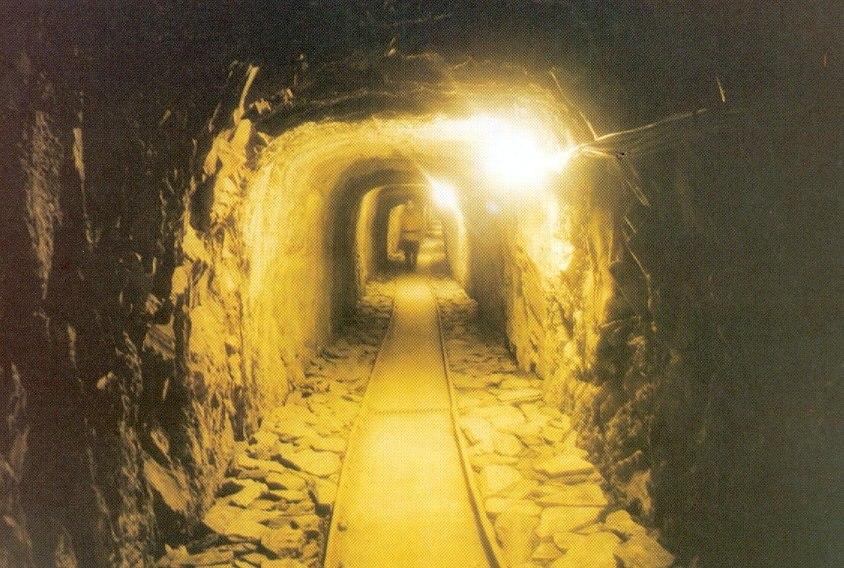 Bergwerk-fell-hoffnung