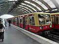 Berlin Ostbahnhof- S-Bahn Berlin DR-Baureihe 270 11.8.2009.jpg