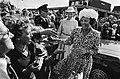 Bezoek van de koningin op 21 augustus 1980, Bestanddeelnr 930-9766.jpg