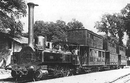 Early Mallet 2-cylinder compound locomotive working the Bayonne-Anglet-Biarritz (B.A.B.) Railway Biarr-Bay-lok.jpg