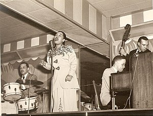 Billie Holiday - Holiday at the Club Bali, Washington, with Al Dunn (drums), and Bobby Tucker (piano)