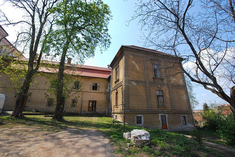 File:Biserica Minorita Targu Mures 06.JPG
