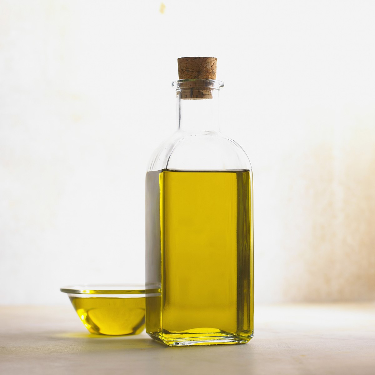 Garlic oil - Wikipedia
