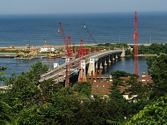 Highlands – Sea Bright Bridge - The Highlands-Sea Bright Bridge during demolition on July 24, 2008