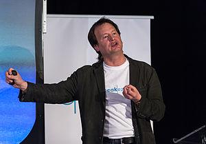 Bruce Hood (psychologist)