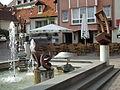 Brunnengalerie Wiesloch Haus mit durchbrochener Form Pokorny.JPG