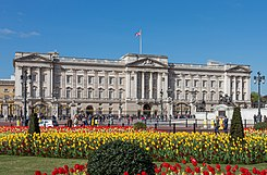 Buckingham Palace from gardens, London, UK - Diliff (cropped).jpg