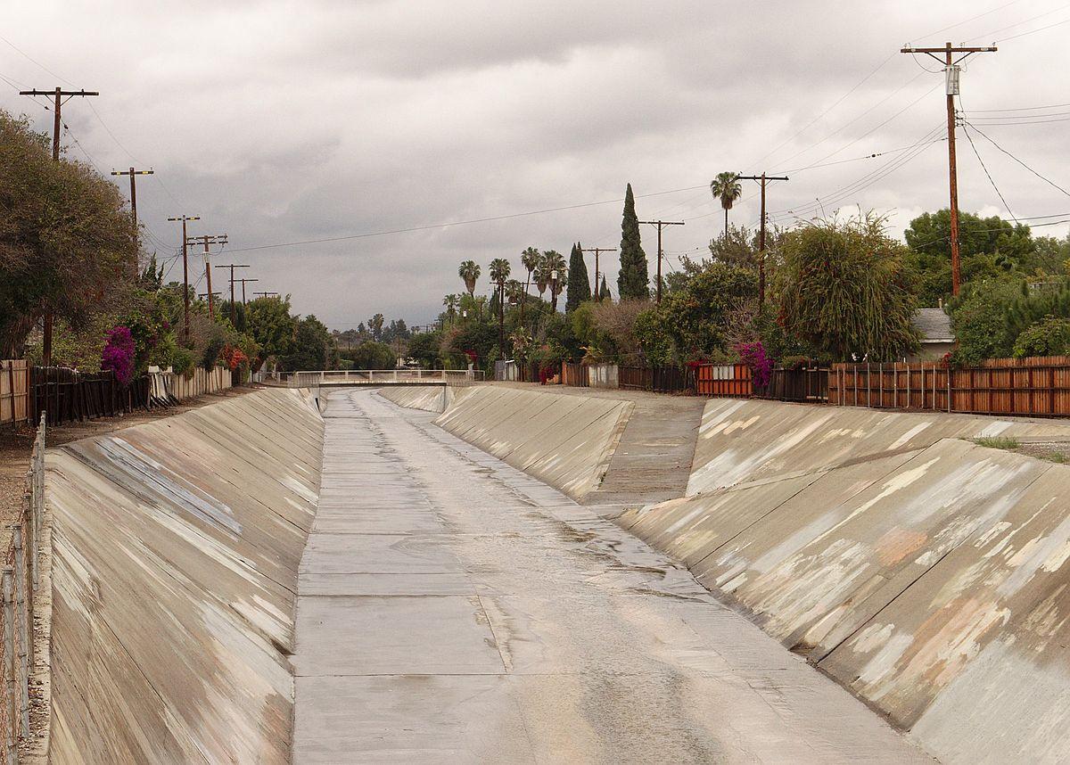 North Hills Los Angeles Apartments