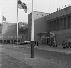 Bundesarchiv B 145 Bild-F001298-0007, Berlin, Flughafen Tempelhof.jpg