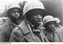 Bundesarchiv Bild 146-2005-0076, Ardennenoffensive, US-Gefangene