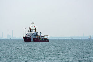 CCGS Limnos - Image: CCGS Limnos in Lake Ontario at the CNE Air Show