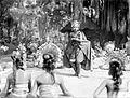 COLLECTIE TROPENMUSEUM Balinese danseressen dansen de djangèr TMnr 10004718.jpg