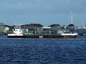CRANE BARGE 1 - ENI 02320928 photo-2.jpg
