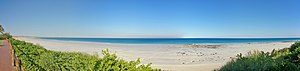 English: Cable Beach panorama, Broome, Western...