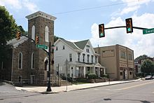 Calvary Episcopal Church, Tamaqua, PA 02.JPG